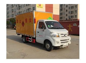 CLW5030XRYCD5易燃液体厢式运输车公告已下发
