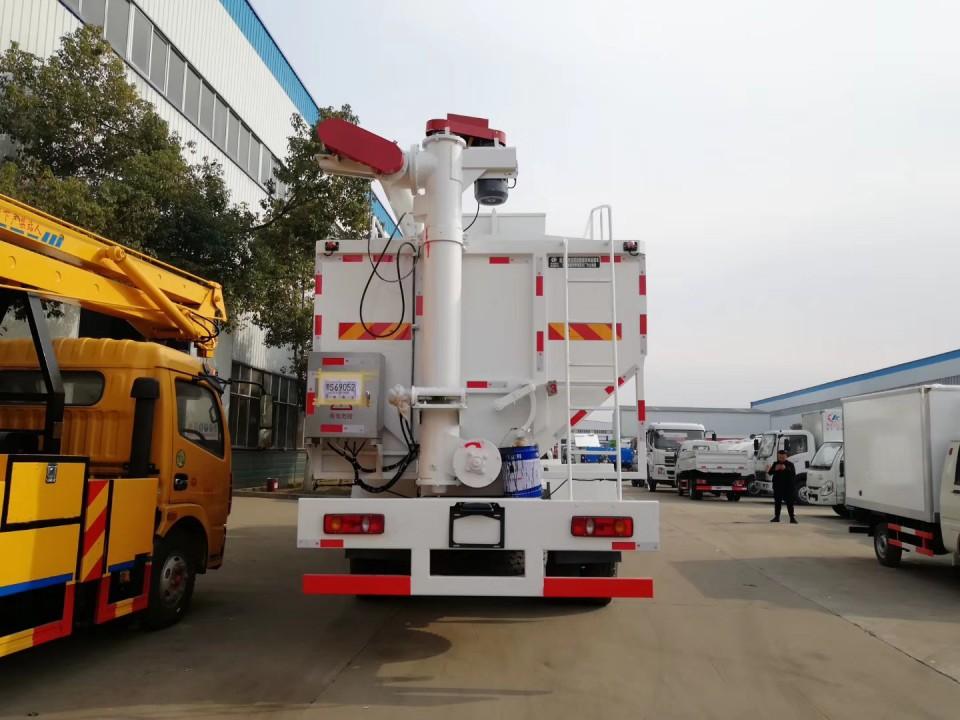 东风天锦30立方程力饲料运输车 (7)
