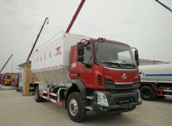 柳汽乘龙28立方程力散装饲料运输车