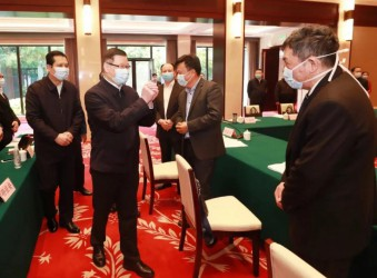 要闻:程力汽车集团总经理程阿罗出席参加湖北省促
