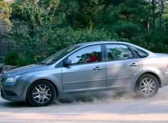 程力汽车知识   各种行驶状态下该怎样刹车,你都知道吗?